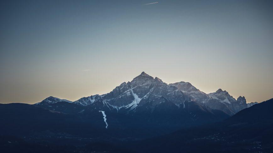 Être au sommet… et insatisfait !
